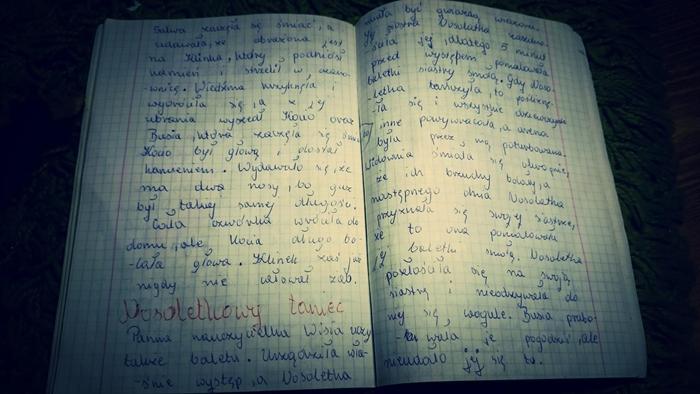 """Karta z książki """"Nosoludki"""", napisanej przeze mnie w wieku lat około 8."""