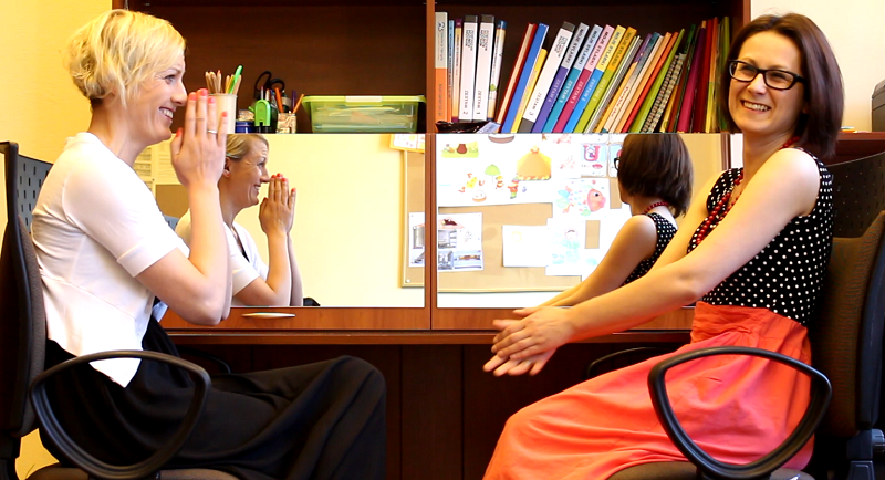 """Na planie dziesiątego odcinka """"Klubu Świadomego Rodzica"""" z neurologopedą Anetą Kotowicz-Urban. Temat: komunikacja wspomagająca. Emisja we wtorek"""